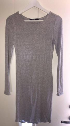 BIK BOK grå kjole størrelse M | RomanticFashion.se