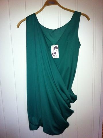 Ubrukt kjole fra Oasis