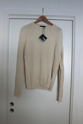 0af9d2bc Ubrukt genser fra Peter Michael - Bloppis