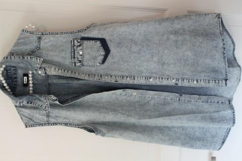 82c75252 Skjorte uten armer. Produktbilde