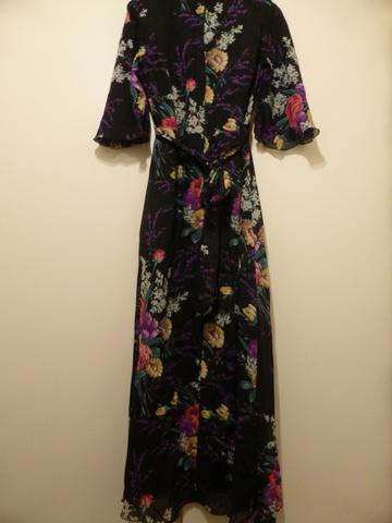 Nydelig lang 70 talls kjole