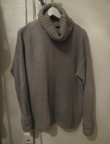 a2ed6e47 Høyhalset genser fra Gina Tricot - Bloppis