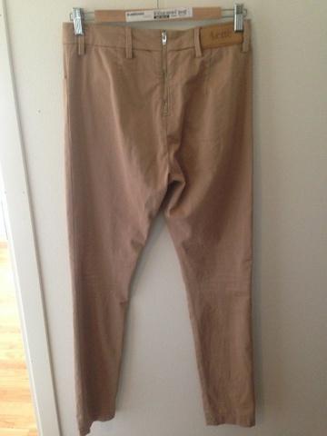 7dc0798f3 jeans grå available via PricePi.com. Shop the entire internet at ...